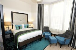 Book Hotel Indigo London