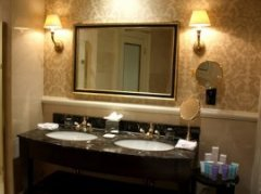 Bathroom at the Kensington Hotel
